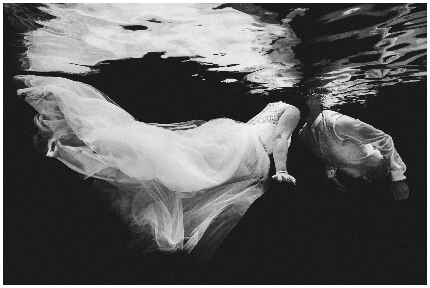 underwater trash the dress wedding luxembourg